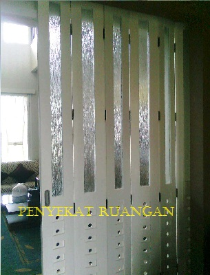 pintu lipat rumah minimalis